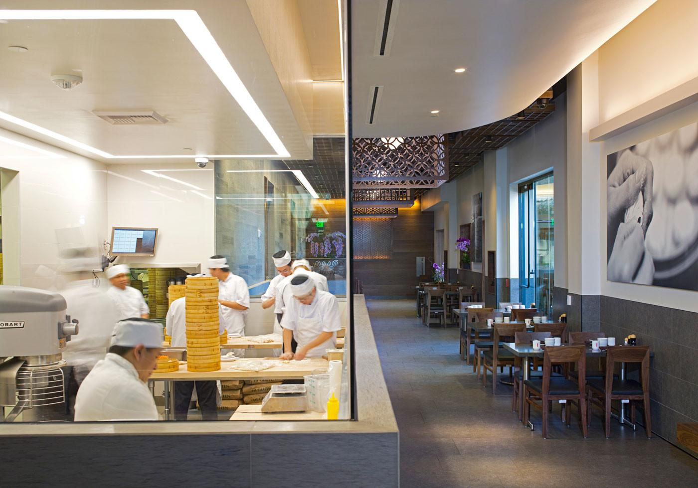 Poon design inc for Kitchen remodel yuba city ca